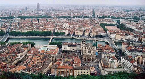 640px-Lyon_vue_depuis_fourviere