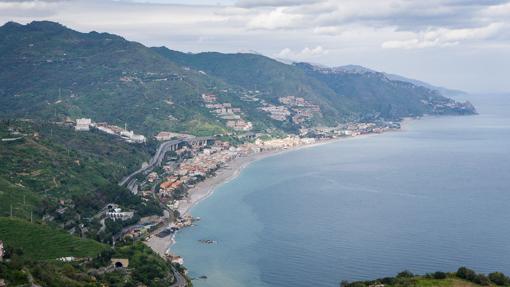taormina-views-12