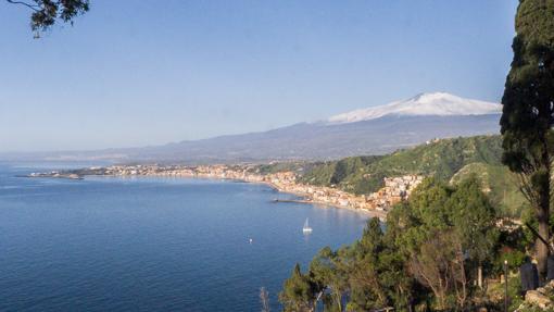 taormina-views-5