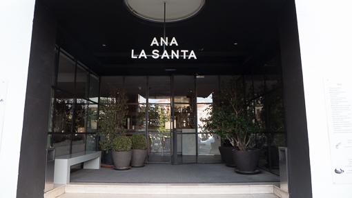 ana-la-santa-1